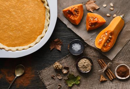 Pumpkin Pie with Ginger Snaps